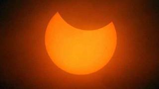 23 ottobre, Eclissi parziale di sole