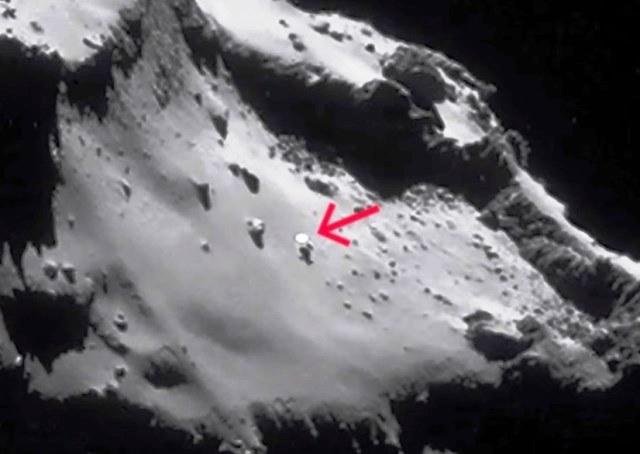 1 Rosetta-avvista-Ufo-sulla-cometa-67P-Churyumov-Gerasimenko3