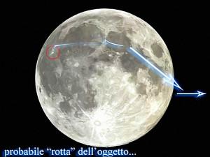 ufo si alza dal suolo lunare