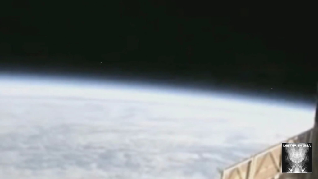 UFO ISS (2)