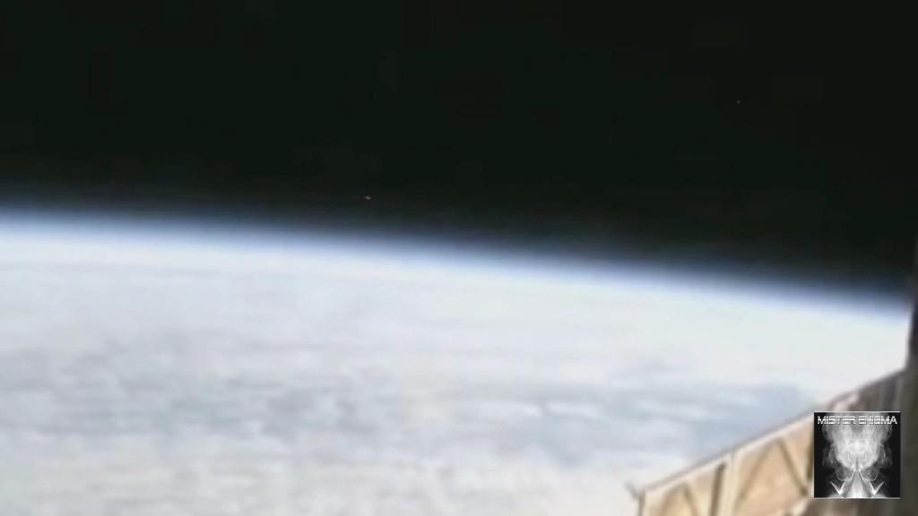 UFO ISS (4)