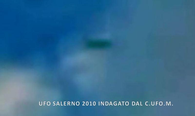 Altro fermo immagine dell'ufo di Salerno.