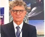Il Presidente e Fondatore del C.UFO.M. dott. Angelo Carannante mostra la sua proverbiale grinta. QUii in una foto del giornale La Repubblica.