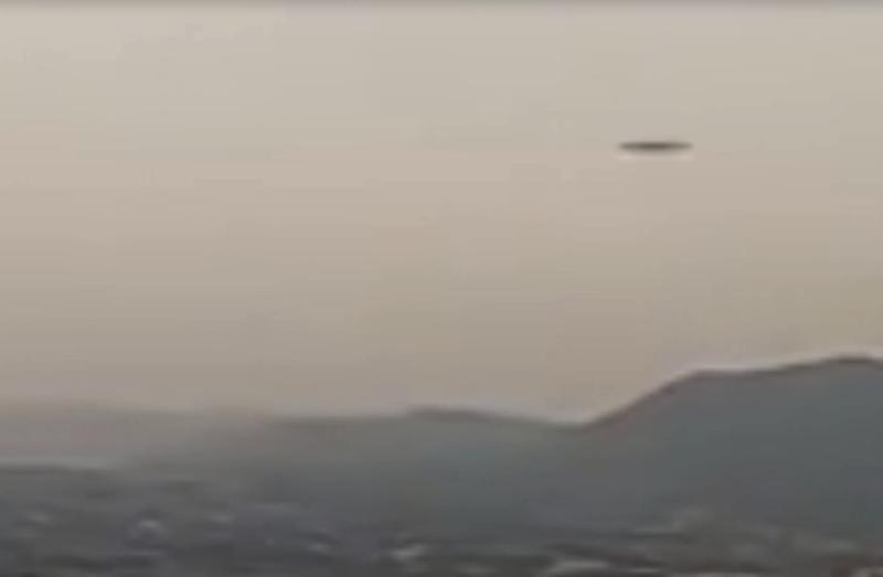 L'oggetto volante non identificato di Narn (Terni), attraversa il campo visivo in una piccolissima frazione di secondo. Una velocità, a dir poco, straordinaria. Fantastico!