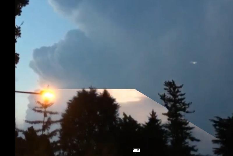 Fig. 5. Fenomeno ottico, molto curioso, provocato da un fulmine. Spettacolare.