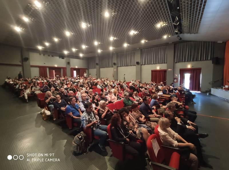"""Splendida foto dello splendido pubblico del convegno di Rho """"Incontri ravvicinati"""" del 29 settembre 2019. Bellissimo!"""