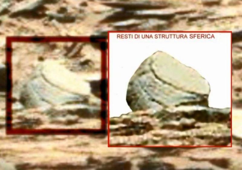 Fig.6, struttura semicircolare. La base di una statua?