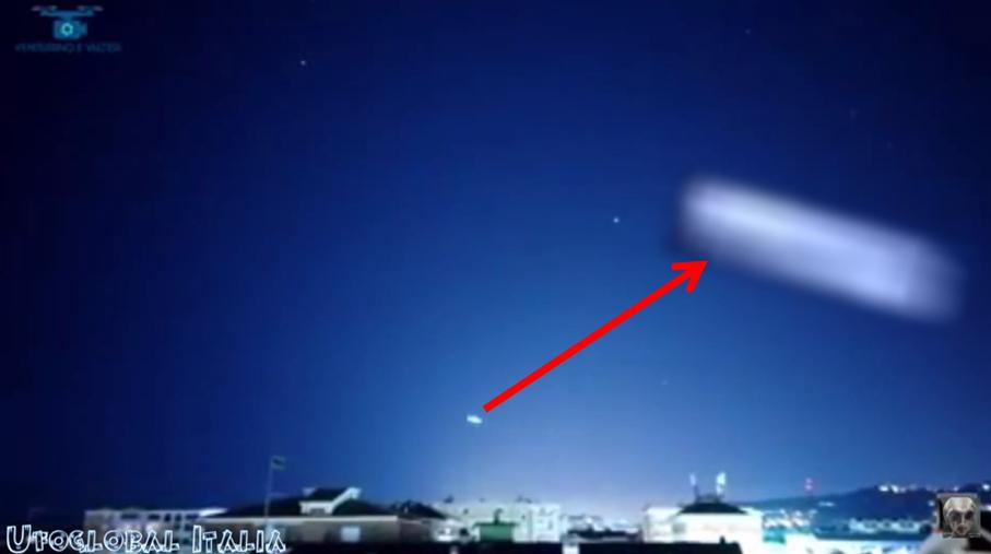 Un altroe ufo dello spettacolare video di Pescara del 06.01.2020. Anche in questo caso, la forma è chiaramente sigariforme,