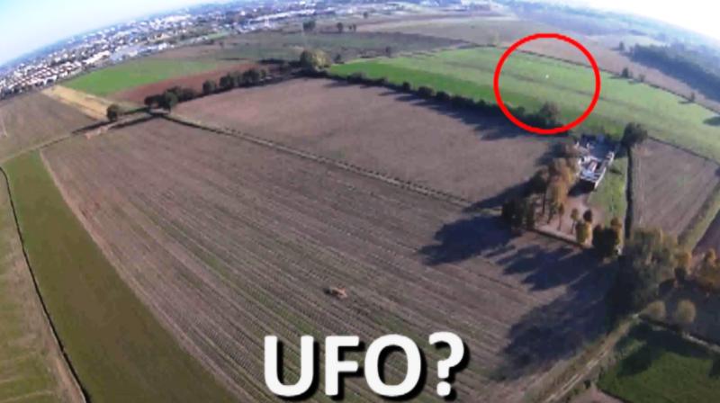 Ufo di Nichelino 26.10.2019. L'ufo in questo momento è infondo al campo visivo